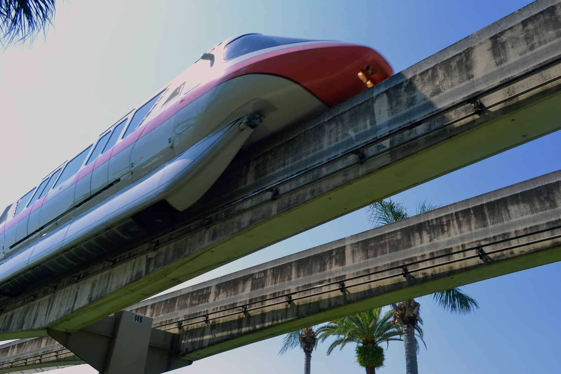 Monorail in the sky