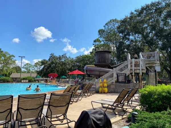Meadow swimmin pool