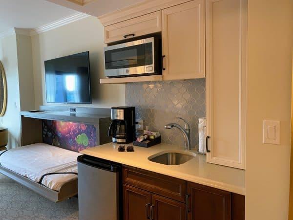 Disney Riviera kitchenette