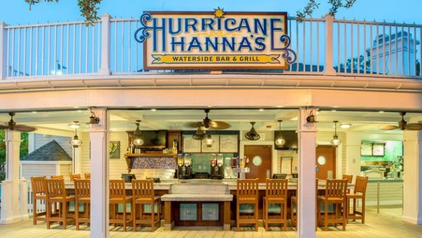 hurricane hanna's at yacht and beach club