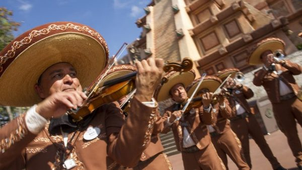 mariachicobre 600x338 - Guide to all Epcot rides and attractions