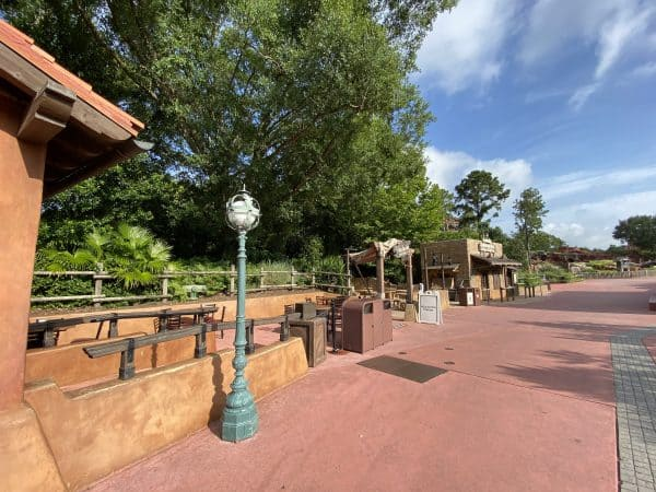 Outdoor relaxation station Magic Kingdom