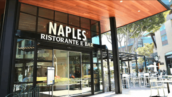Naples Ristorante e Bar in Downtown Disney