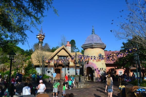 Tangled bathrooms low crowds