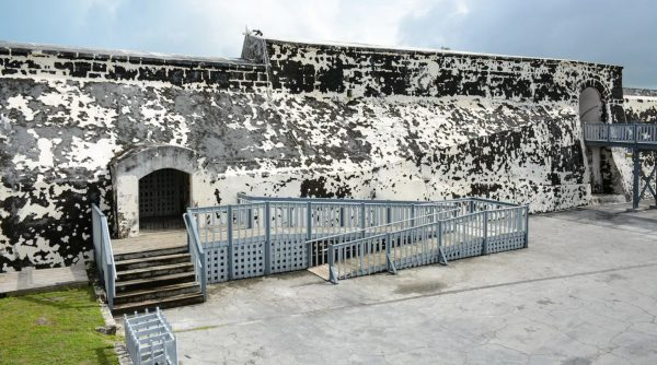 Accessible Pirate Museum & Fort Charlotte in Nassau