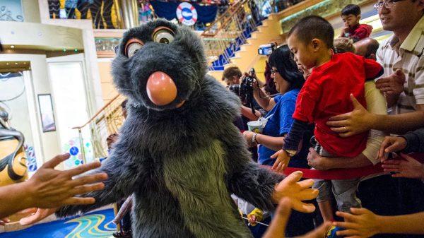 Pixar Pals Party on Disney Cruise Line