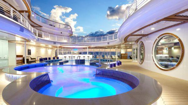 Quiet Cove Pool on Disney Cruise Line