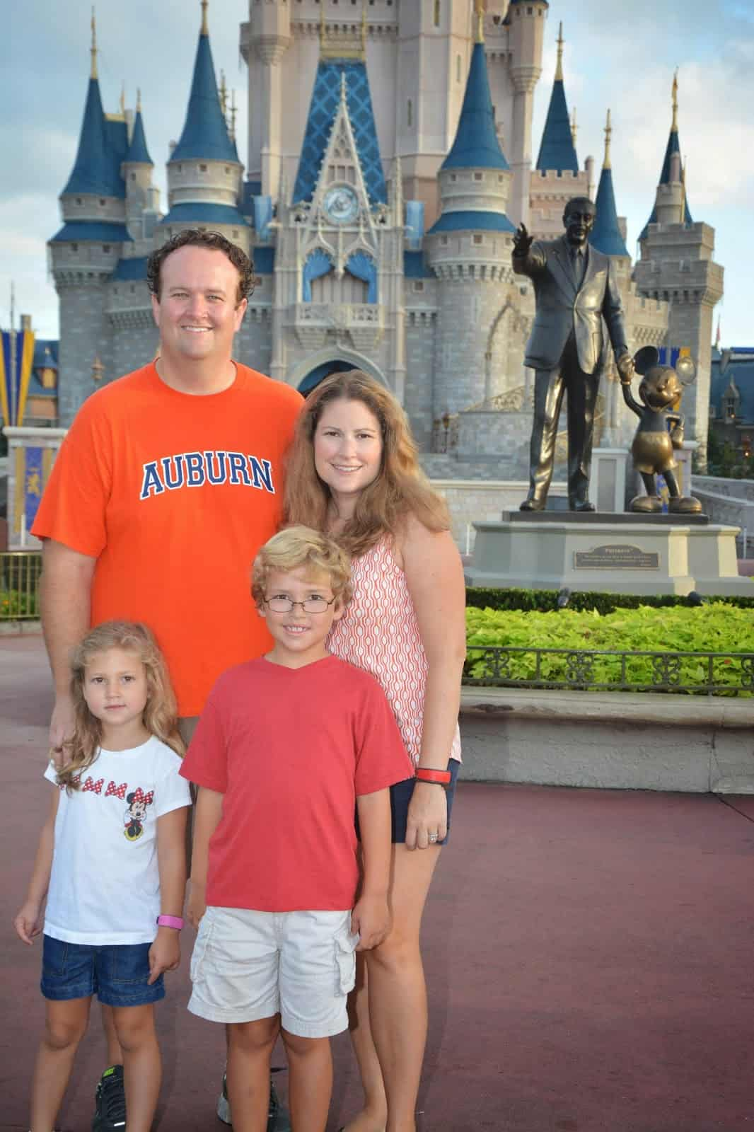 sotmkfamilypic - How Sorcerers of the Magic Kingdom works