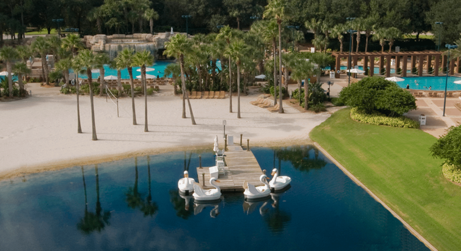 swandolphin - How to tour Disney World resorts (even if you're not staying there)