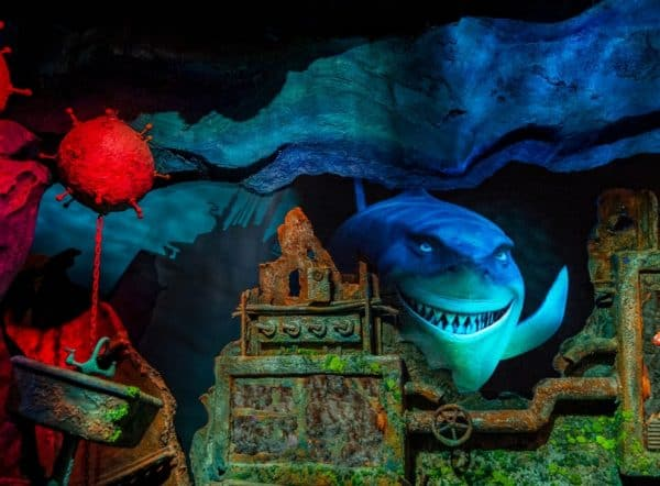 the seas with nemo and friends attraction