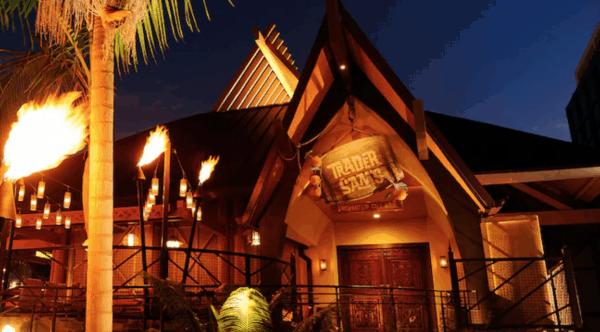 Trader Sam's Enchanted Tiki Bar in Disneyland Hotel