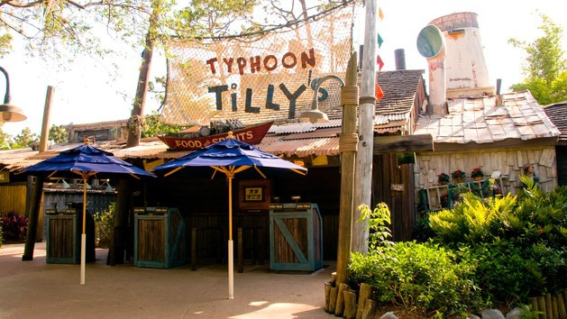 Complete Guide to Typhoon Lagoon at Disney World - Typhoon Tilly's (lunch)