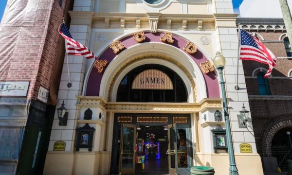 palace theater arcade universal