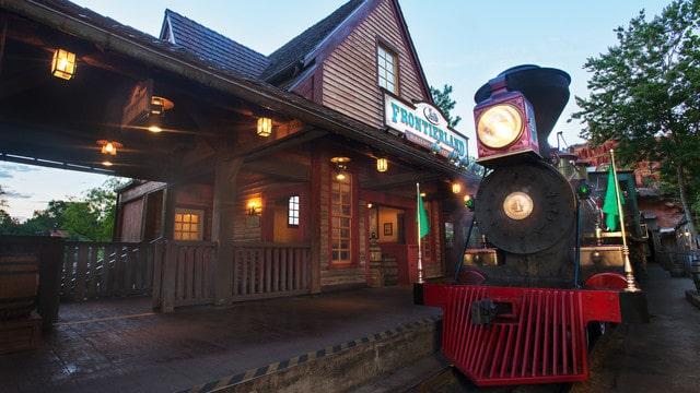 WDW Railroad – Frontierland Station