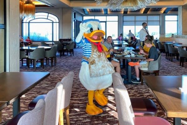 Donald at Topolinos
