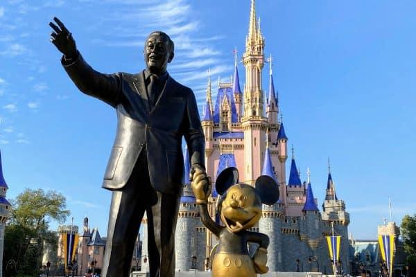 Walt Mickey Magic Kingdom
