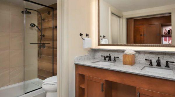 wilderness lodge updated king bathroom