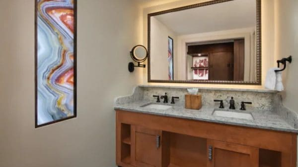 wilderness lodge updated standard room bathroom