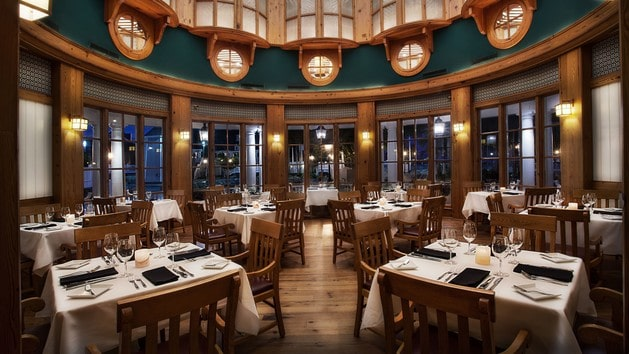 Yacht Club - Yachtsman Steakhouse (dinner)